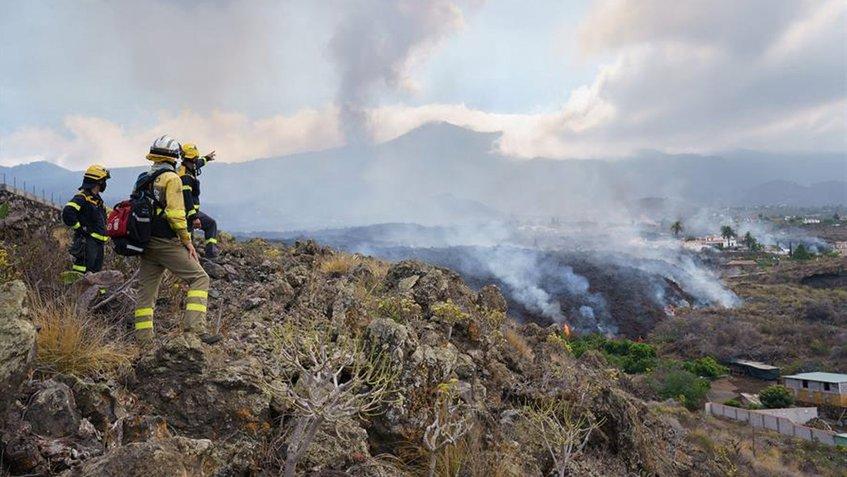 Lava arrasa 166 casas en isla de La Palma